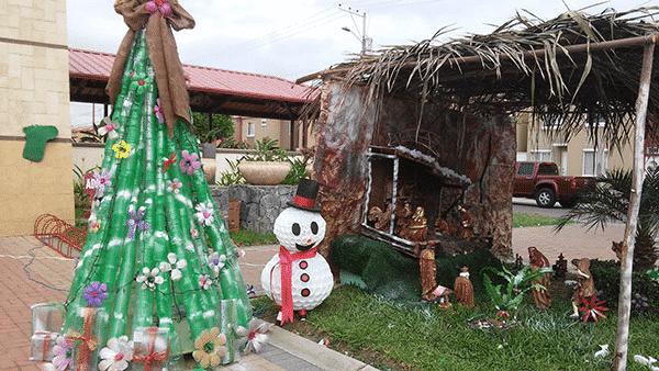 Concurso De Nacimiento Los Reyes De La Navidad En Villa
